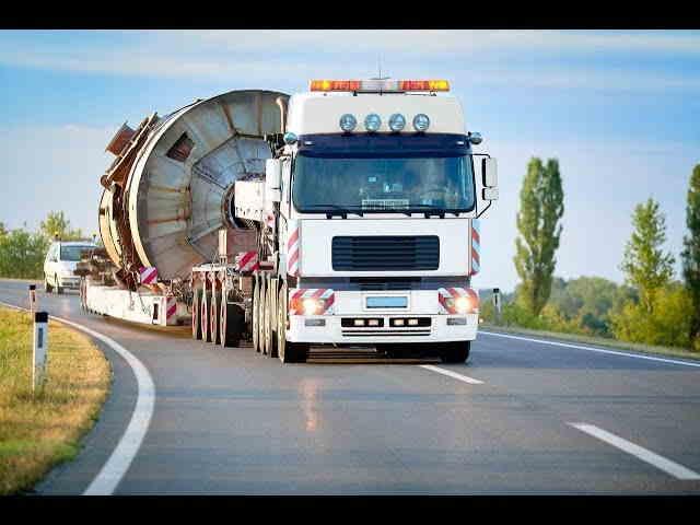 Тяжелый транспорт для перевозки тяжелых грузов